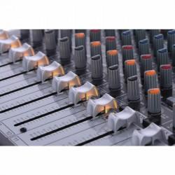 Xenyx QX1222USB 16 Kanallı USB Deck Mikser - Thumbnail