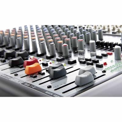 Xenyx X1832USB 18 Kanal USB Deck Mikser