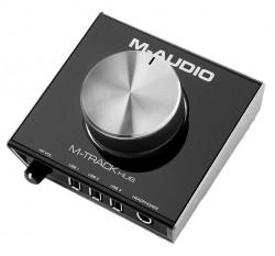 M-Audio - M-Track HUB 2- Çıkış, 3 USB HUB'lı monitor kontroller